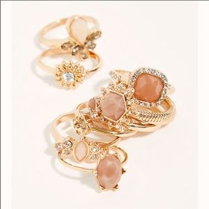 Free People mix it up pretty in pink ring set
